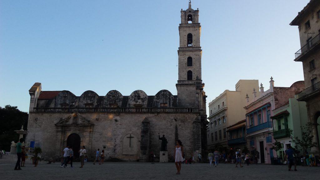 Img post La Habana en 3 días. Basílica de San Francisco de Asís - Pasaporte y Millas