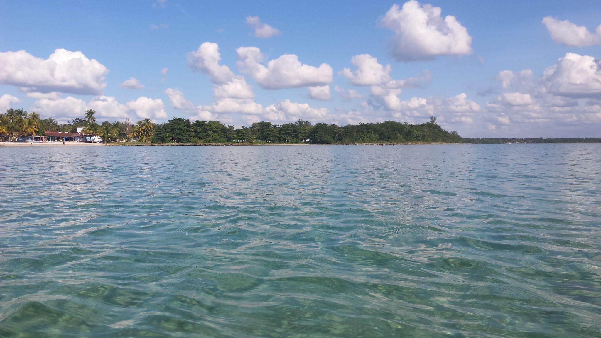 Img post Playa Larga Cuba. Camino a Cienfuegos - Pasaporte y Millas