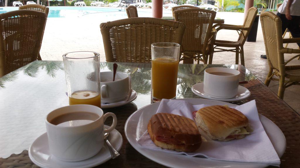 Img post Cayo Coco y Cayo Guillermo. Desayuno. Villa Gregorio. Las mejores playas de Cuba - Pasaporte y Millas