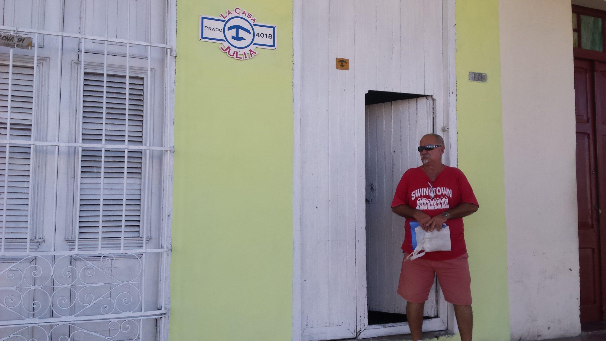 Img post casa alojamiento Cienfuegos. Qué saber antes de ir a Cuba- Pasaporte y Millas