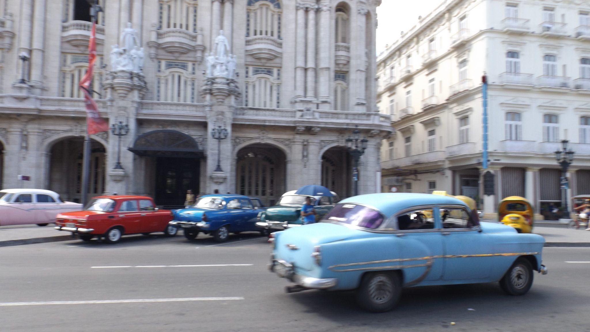 Img pos Alquilar coche en Cuba en 13 días - Pasaporte y Millas