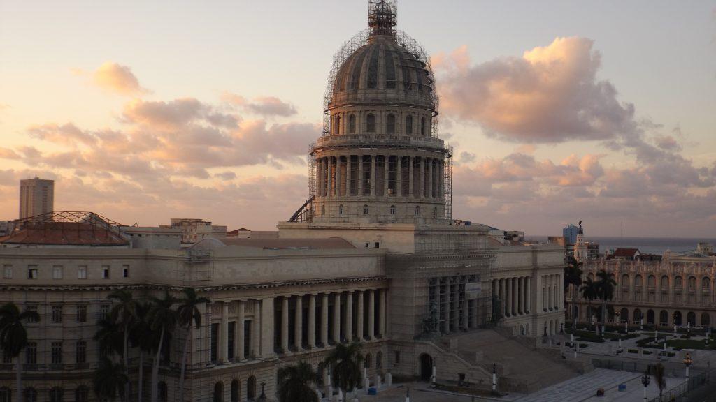 Img post La Habana en 3 días. Vista Capitolio2 - Pasaporte y Millas