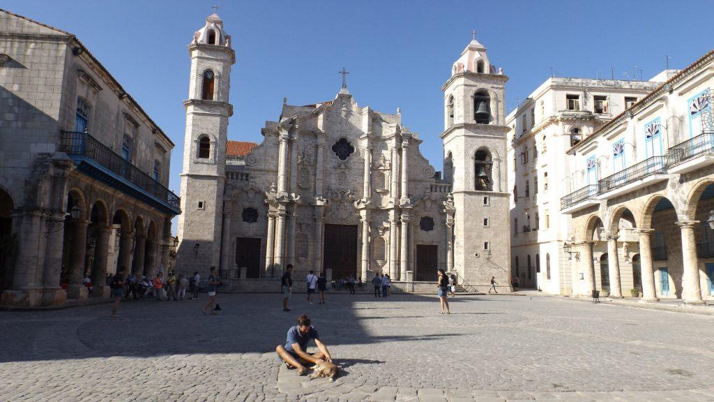Img post La Habana en 3 días. Catedral de la Habana - Pasaporte y Millas