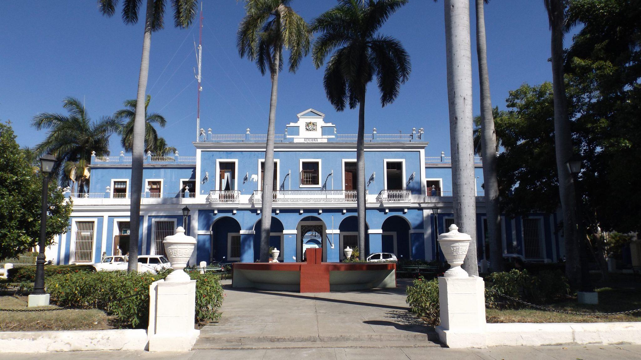 Img post Aduana. Qué ver en Cienfuegos. Muelle - Pasaporte y Millas