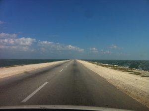 Img post Rumbo a los Cayos. Carretera Cuba - Pasaporte y Millas