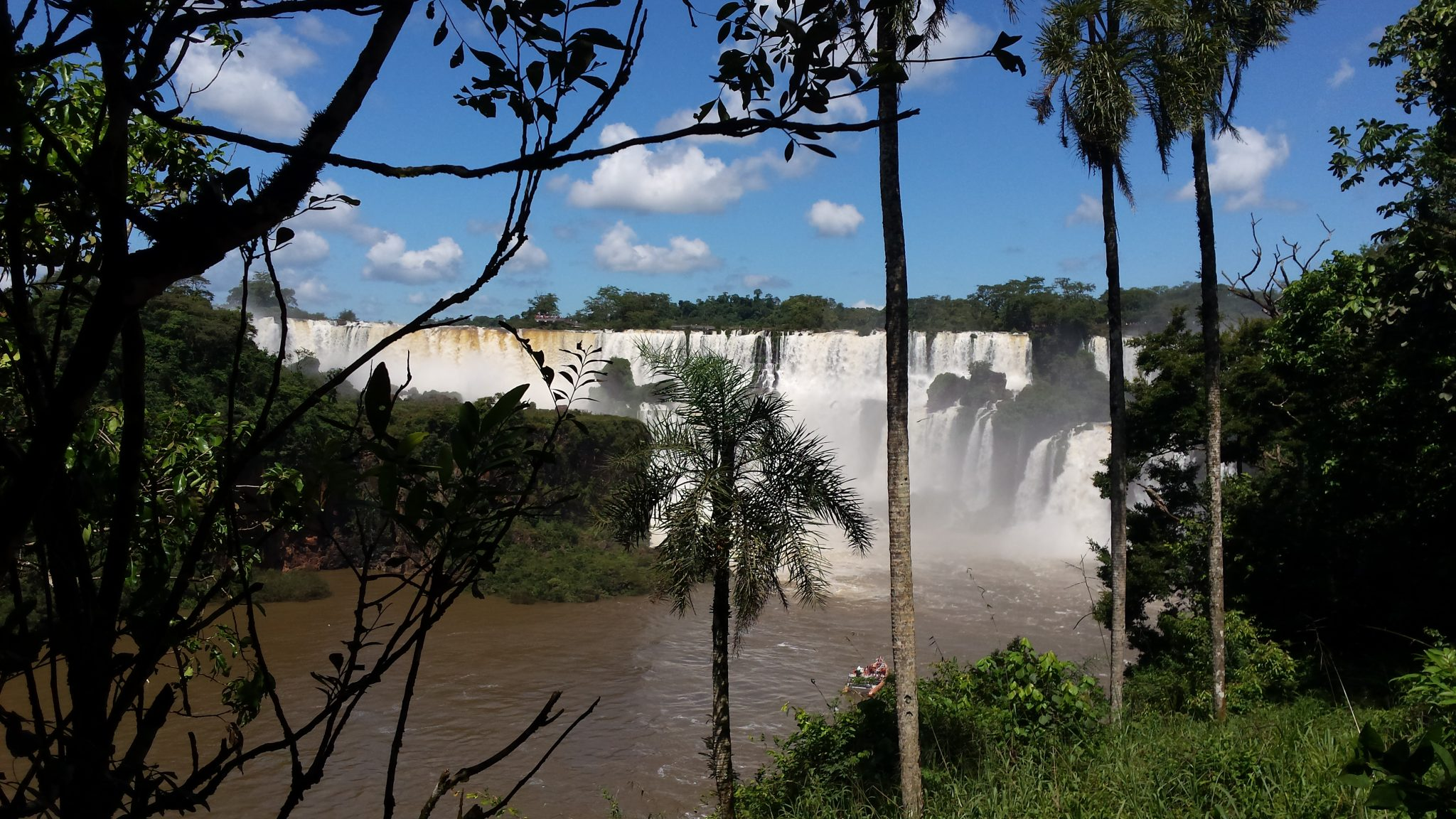 Img post Paso Inferior lado argentino Iguazú. Pasaporte y Millas