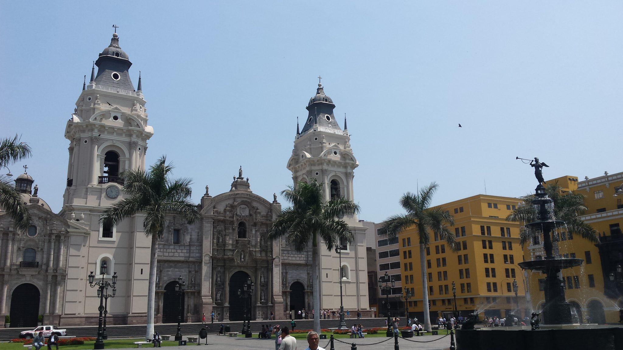 Imagen para post Lima en un día y medio- Catedral de Lima