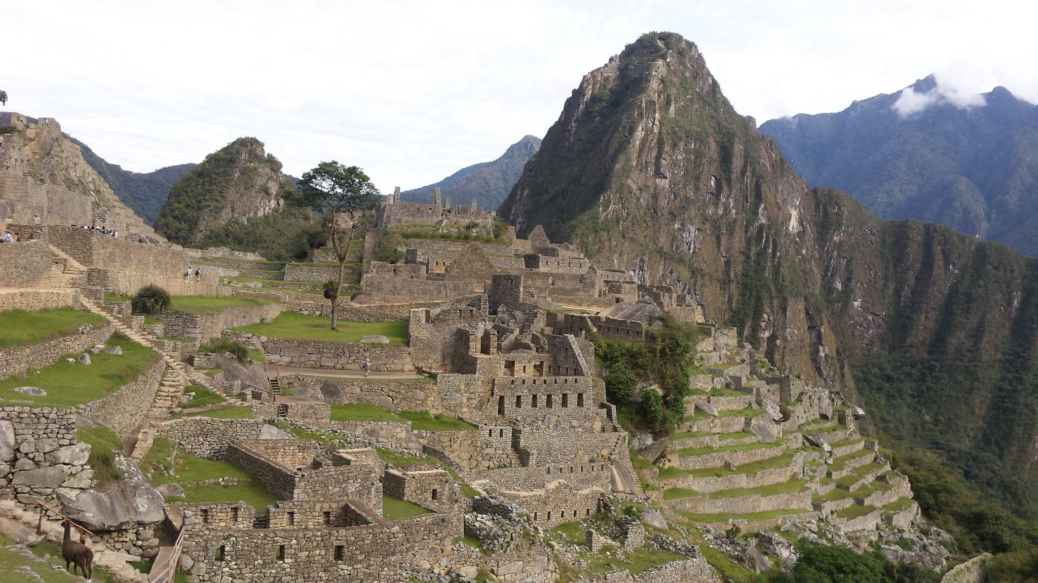 Como ir a Machu Picchu desde Lima - Pasaporte y Millas