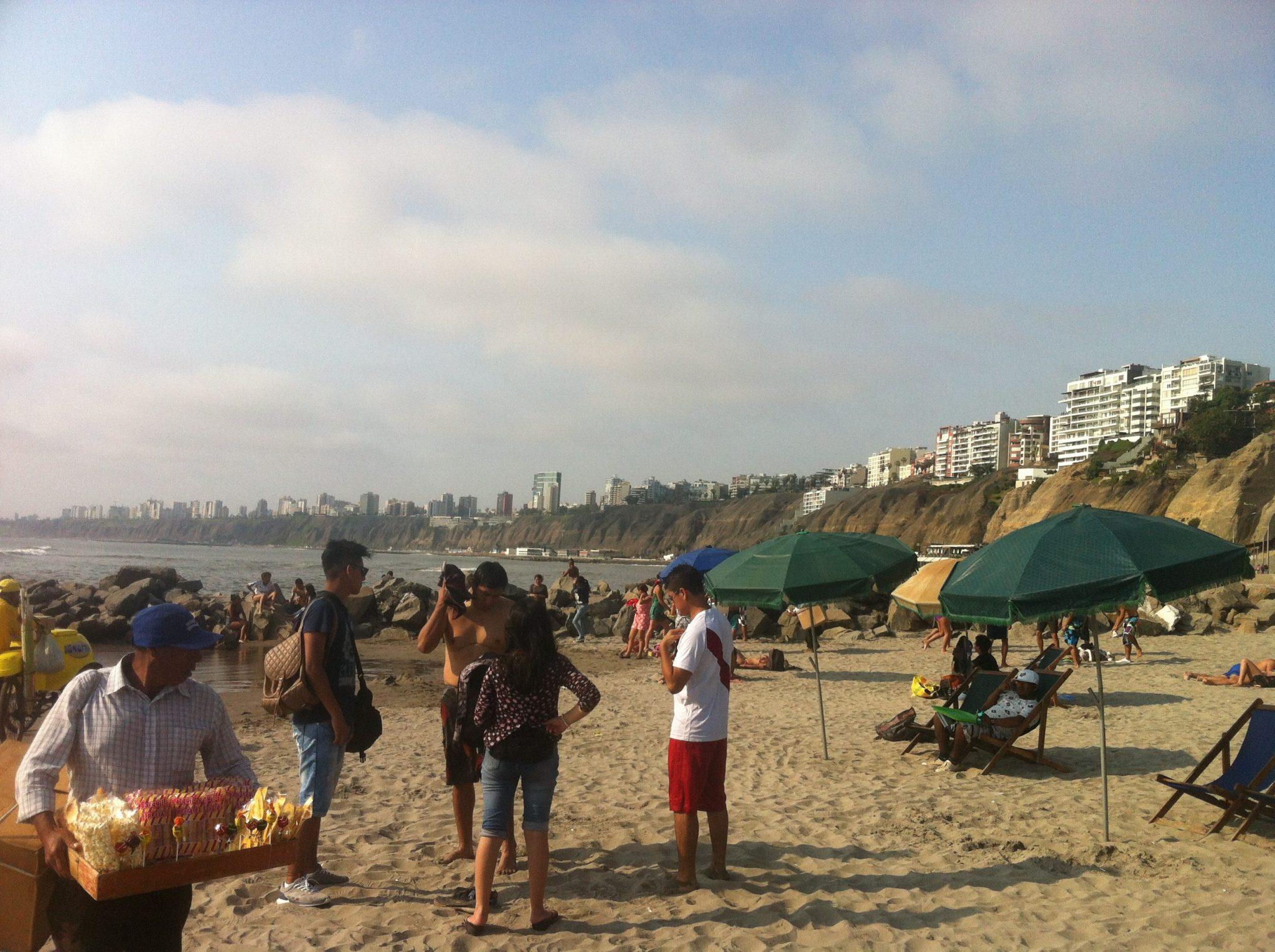 Imagen post Donde comer en Lima en un día y medio- Playa de Los Yuyos (bajada puente de los suspiros)