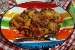 Img post Pasta al Ragu. Comer en Taormina - Pasaporte y Millas