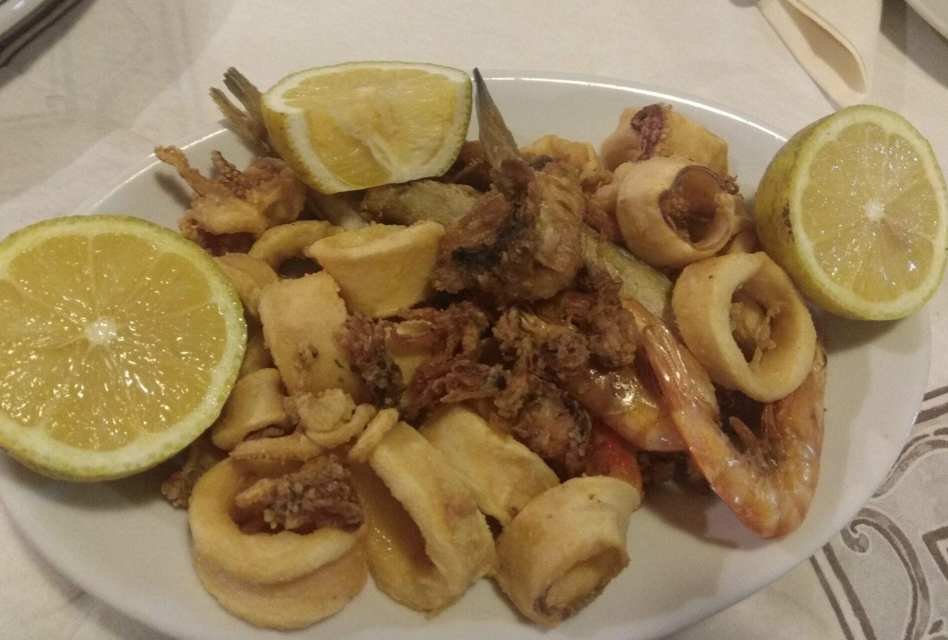 Img post Pescado frito. Comer en Sicilia- Pasaporte y Millas