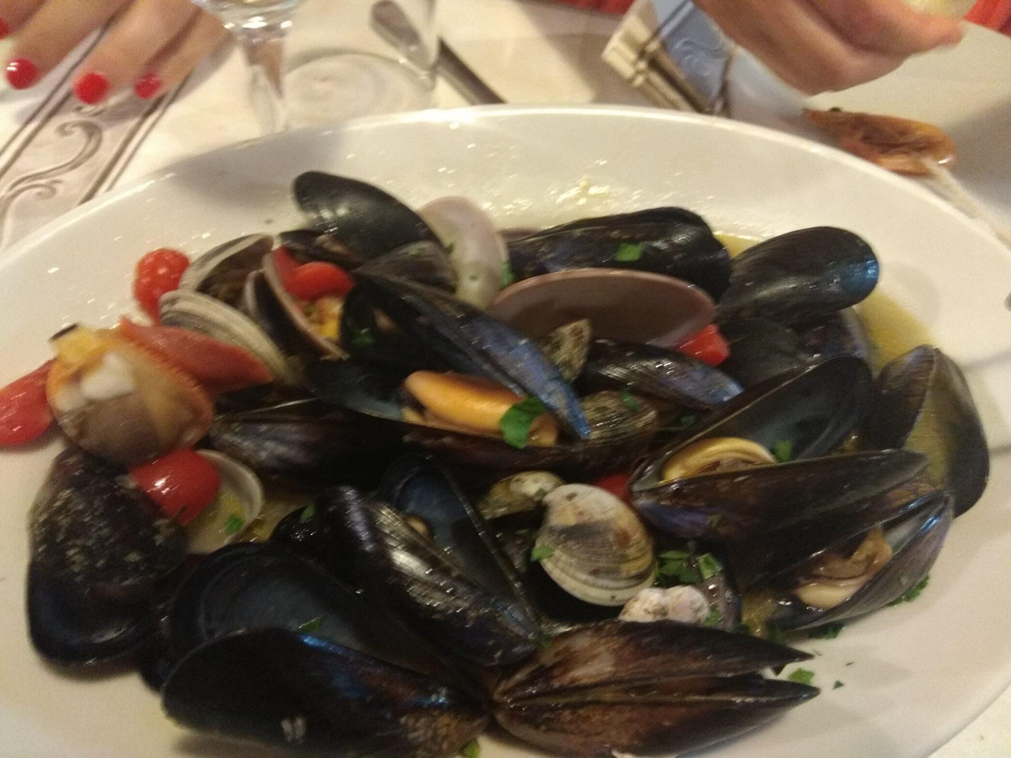 Img post Mejillones. Comer en Siracusa- Pasaporte y Millas