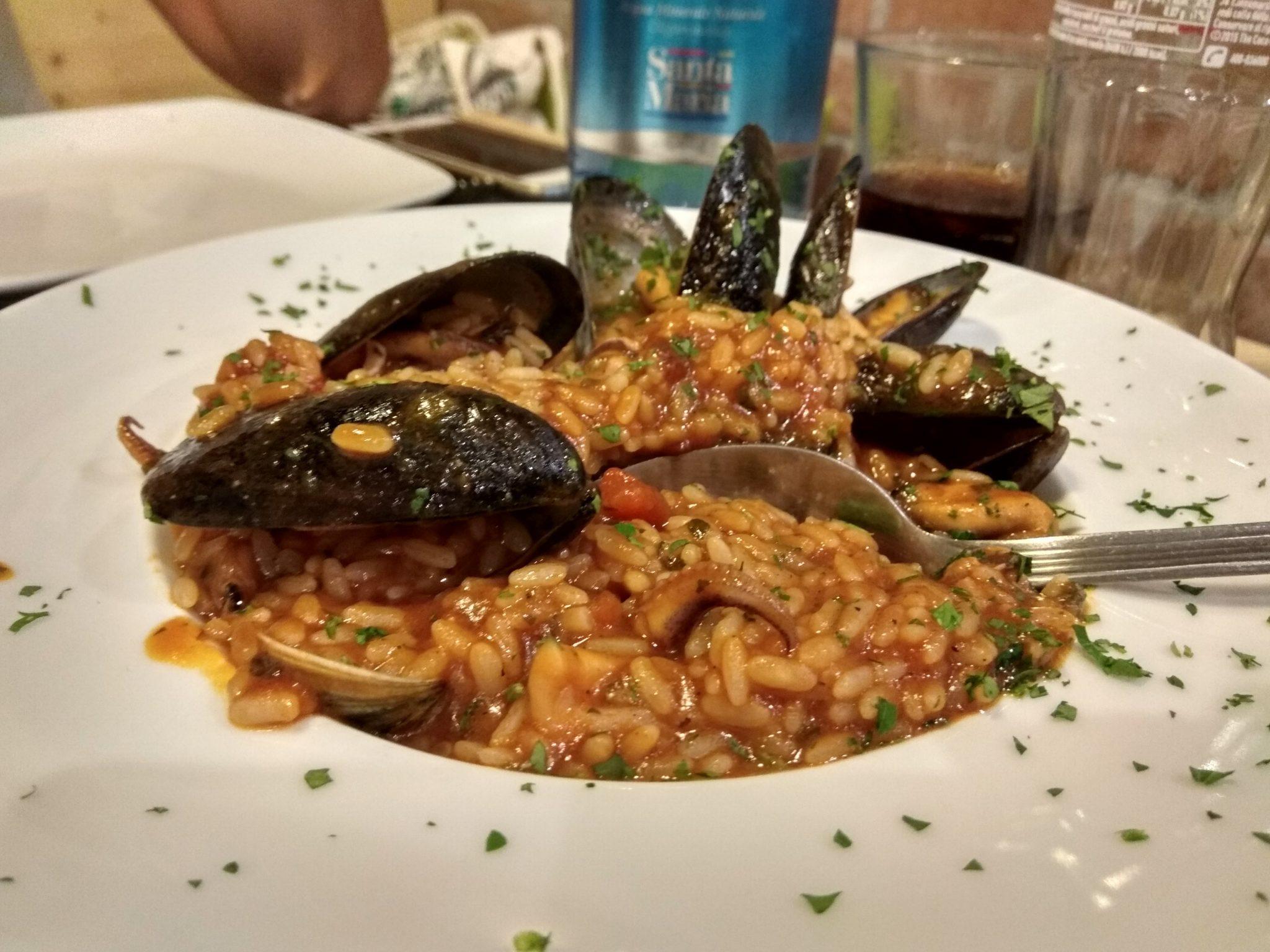 Img post Risotto frutti di mare. Comer en Sicilia - Pasaporte y Millas