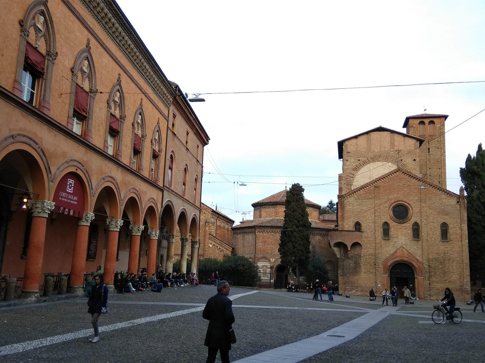 Img post Bolonia en un día. Venecia, Bolonia y Verona-Pasaporte y Millas