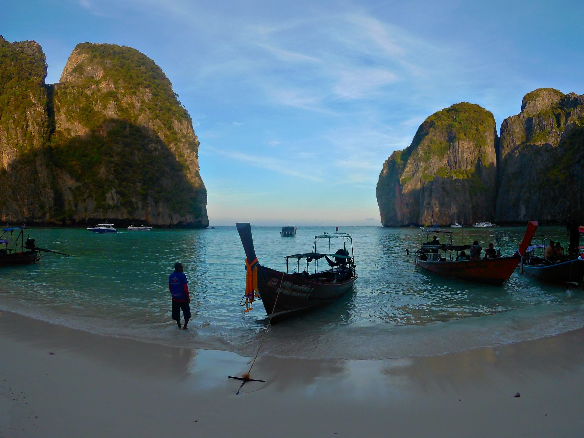 Img post Phuket o Krabi. Amanecer Maya Bay La Playa- Pasaporte y Millas