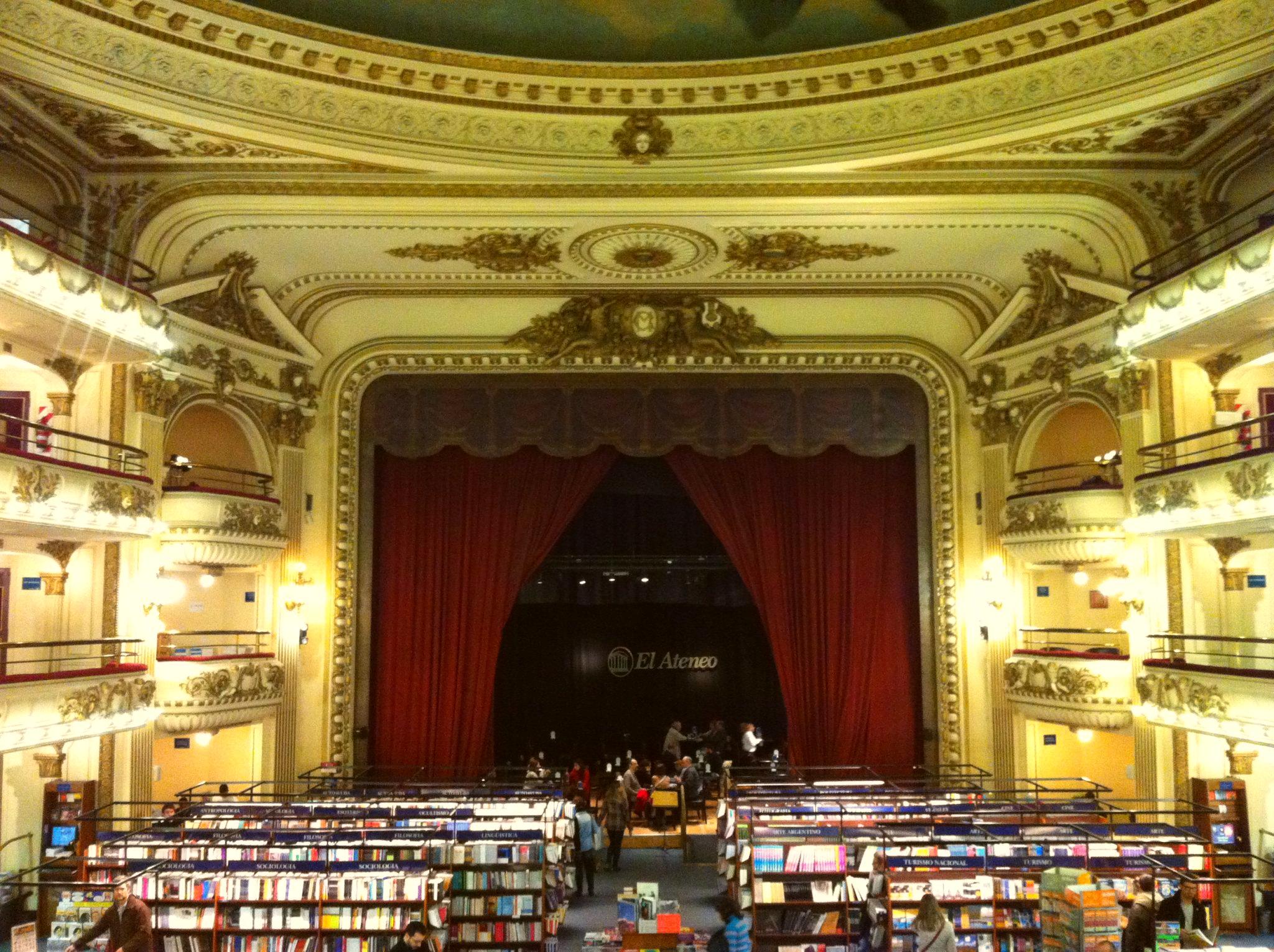 Img post Tres días en Buenos Aires. Librería Ateneo - Pasaporte y Millas
