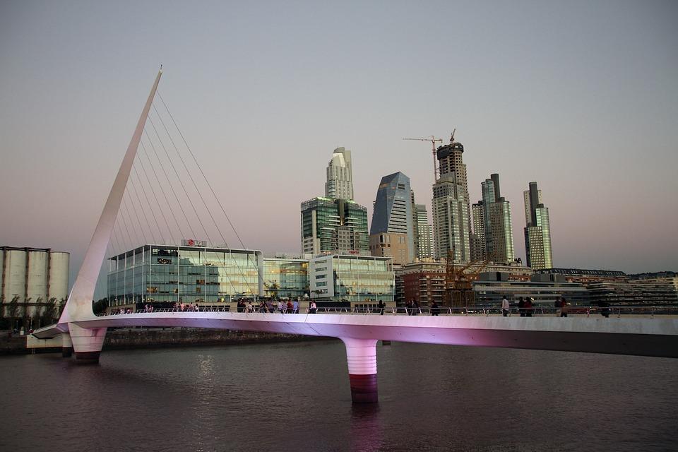 Img post Tres días en Buenos Aires. Puente Puerto Madero - Pasaporte y Millas