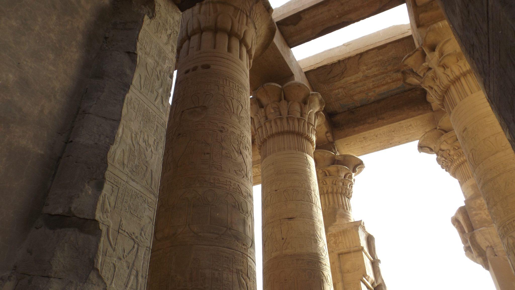 Post Egipto es seguro. Templo- Pasaporte y Millas