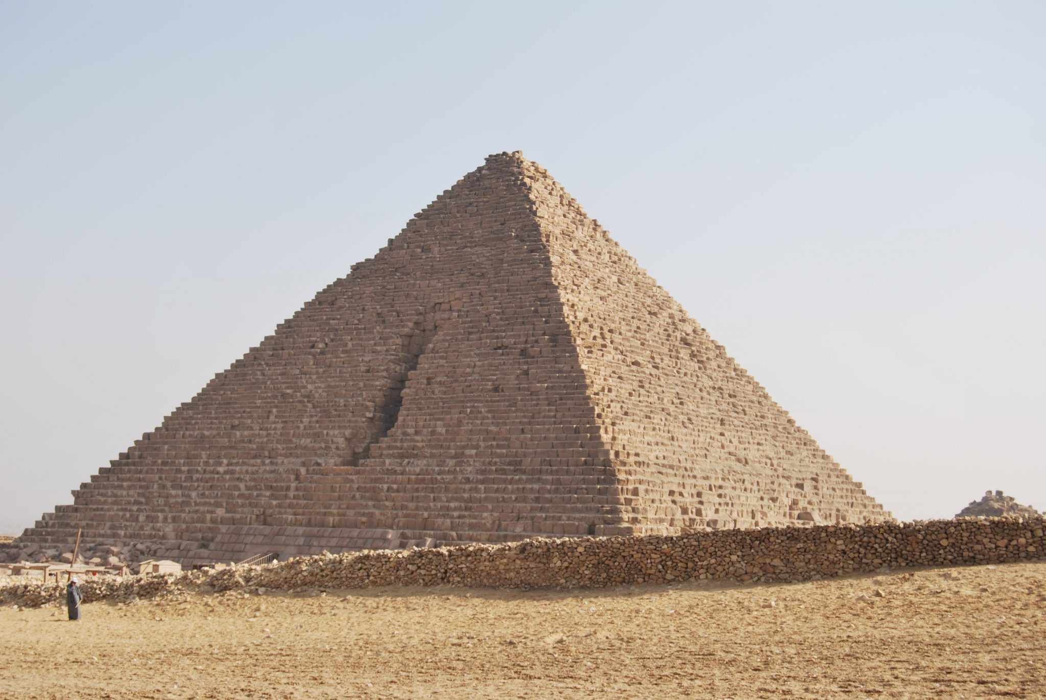 Post Egipto es seguro. Pirámide- Pasaportel y Millas