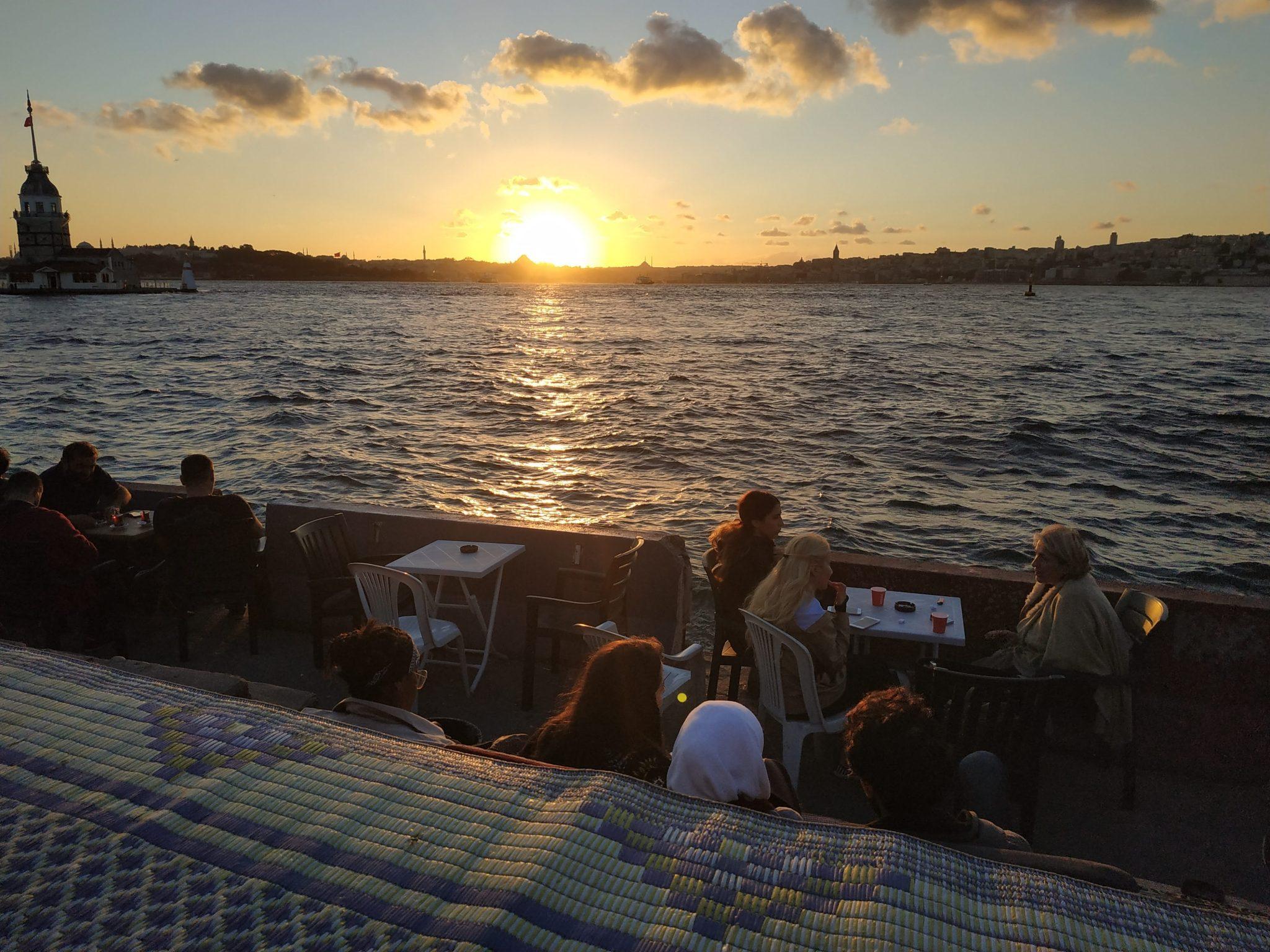 Imagen post Cuatro días en Estambul. Puesta sol Uskudar - Pasaporte y Millas
