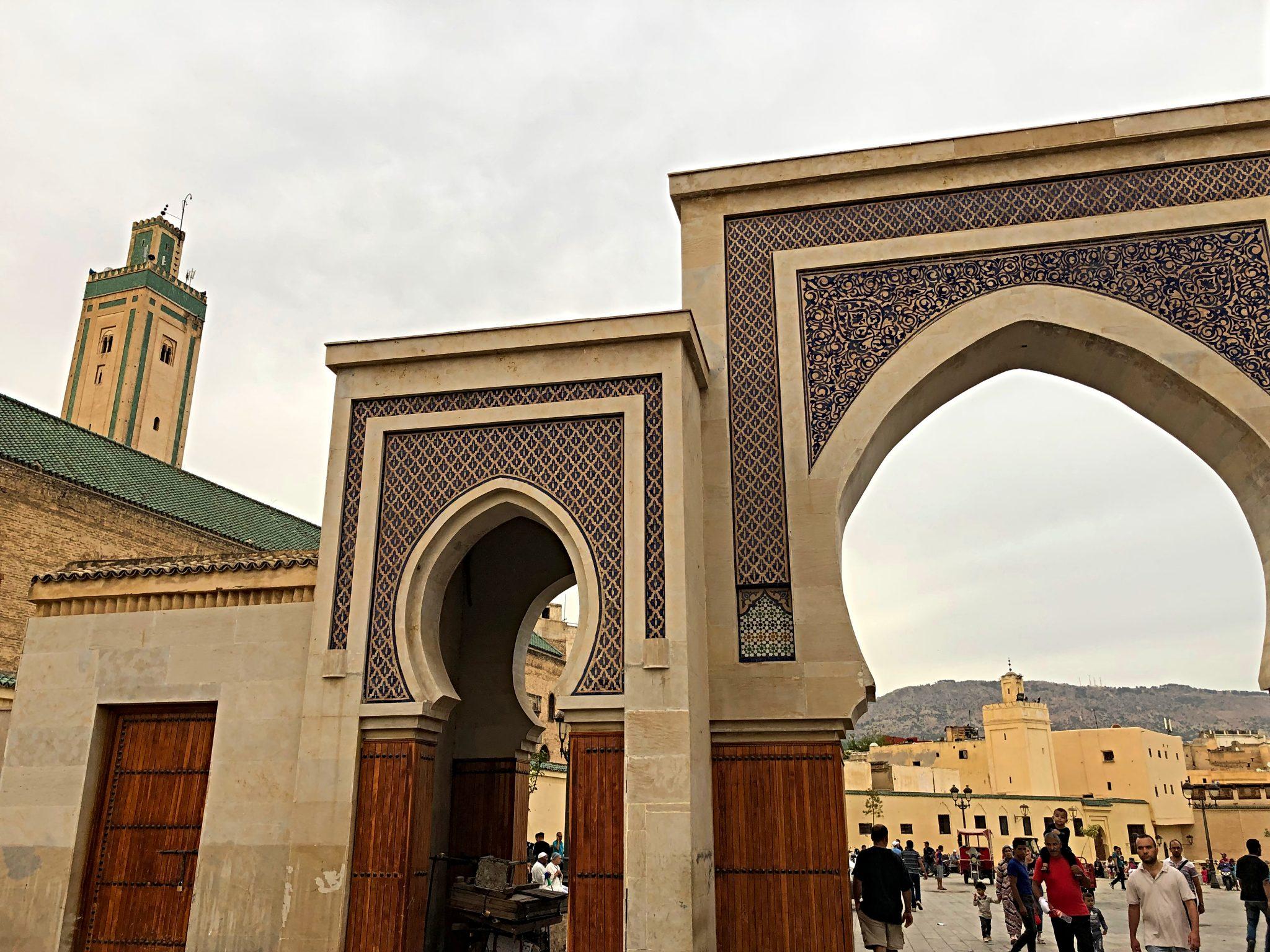 Tres días en Fez. Puerta R'cif - PASAPORTE Y MILLAS