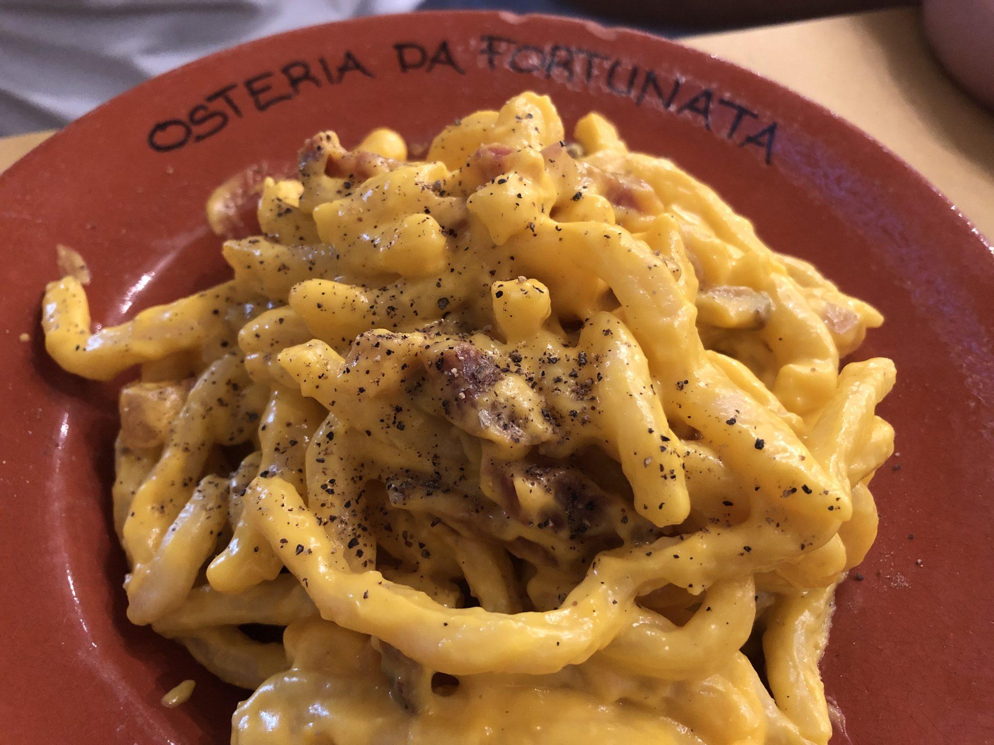La mejor pasta carbonara de Roma. Fortunata - Pasaporte y Millas